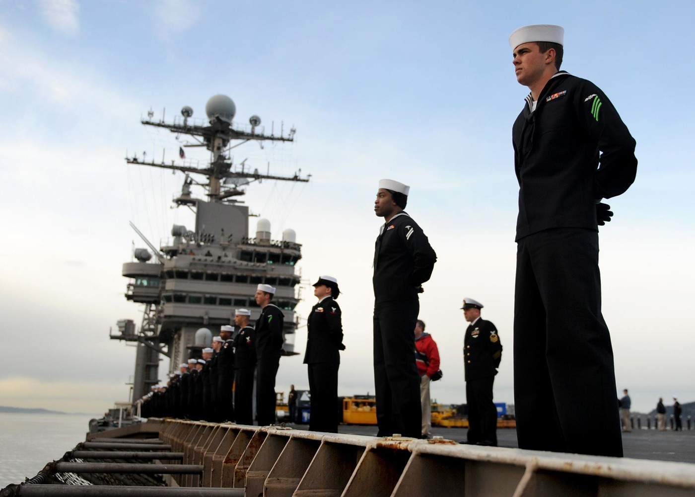 USS Abraham Lincoln Returns To Washington